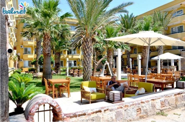 varol hotel sarimsakli turska 2018 letovanje dvoriste basta